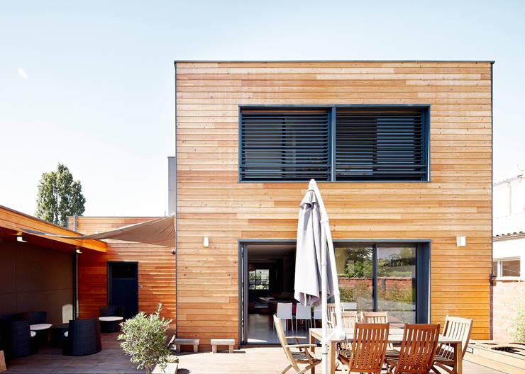 Rumah by Cendrine Deville Jacquot, Architecte DPLG, A²B2D