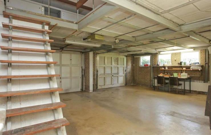 garage werd woonkamer :   door Addition bv