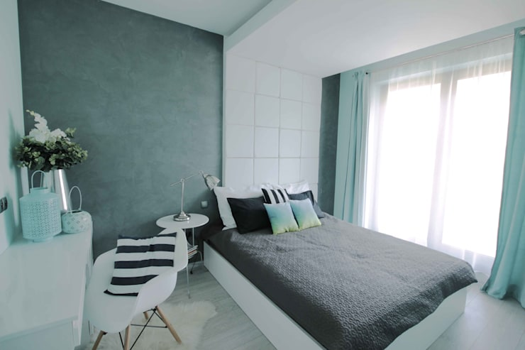 Mieszkanie z cegłą w tle: styl , w kategorii Sypialnia zaprojektowany przez FAJNY PROJEKT,