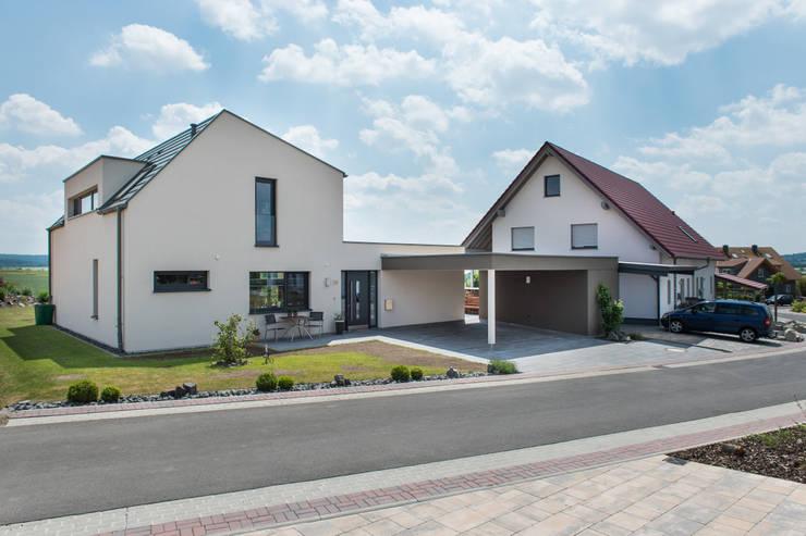 Projekty, nowoczesne Domy zaprojektowane przez herbertarchitekten Partnerschaft mbB
