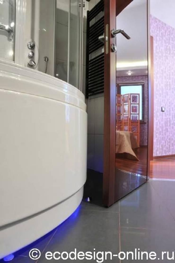 В ярких красках: Ванные комнаты в . Автор – Ольга Макарова (Экодизайн) , Эклектичный