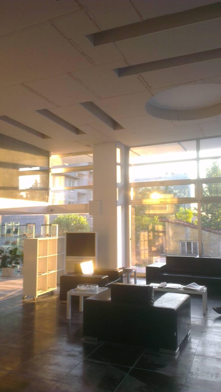 akustiktsr – asma tavan:  tarz Duvarlar