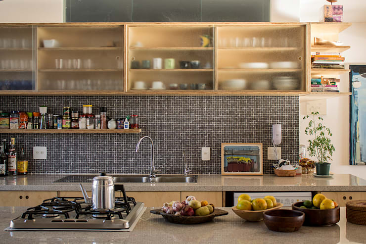 APARTAMENTO ROOSEVELT 1: Cozinhas  por Ruta arquitetura e urbanismo
