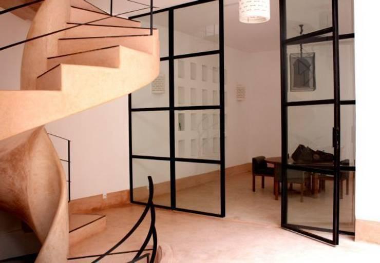 Riad Marrakech: Fenêtres de style  par Pauline Girardot