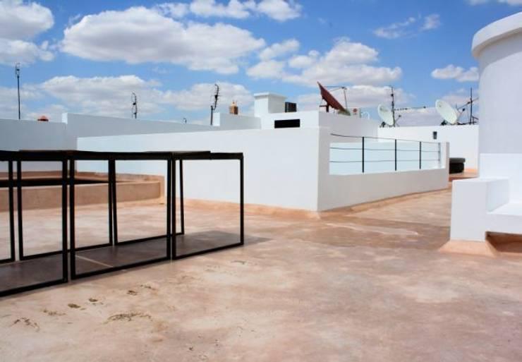 Riad Marrakech: Maisons de style de style Moderne par Pauline Girardot