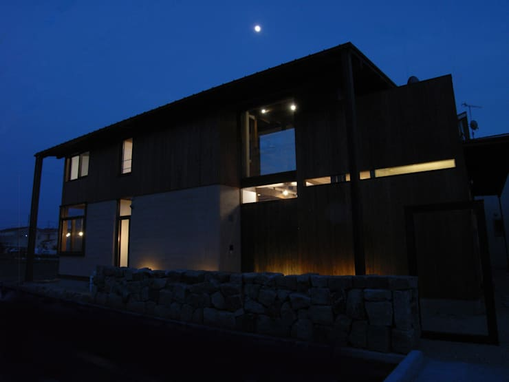 Houses by Interstudio  Architects & Associates Japan, Rustic