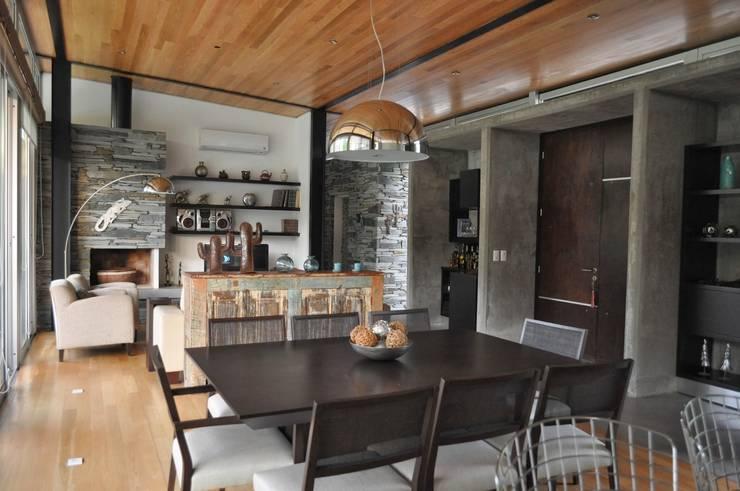 Comedores de estilo  por Baltera Arquitectura