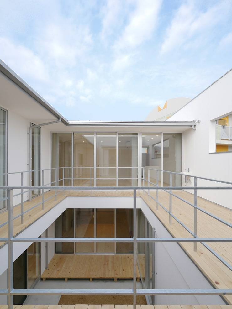 Terrasse de style  par 開建築設計事務所, Moderne