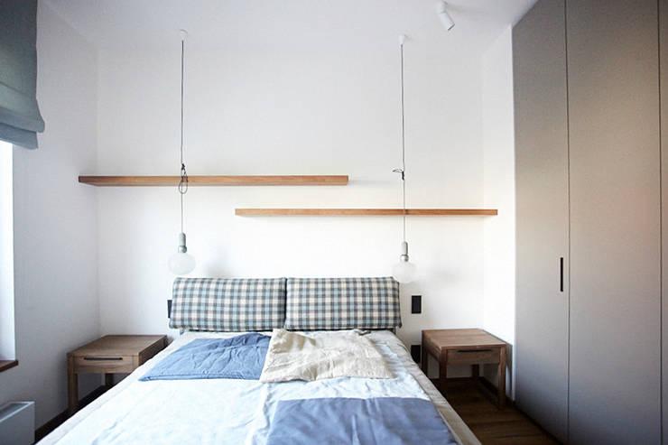 Hoża: styl , w kategorii Sypialnia zaprojektowany przez Pracownia Projektowa Hanna Kłyk