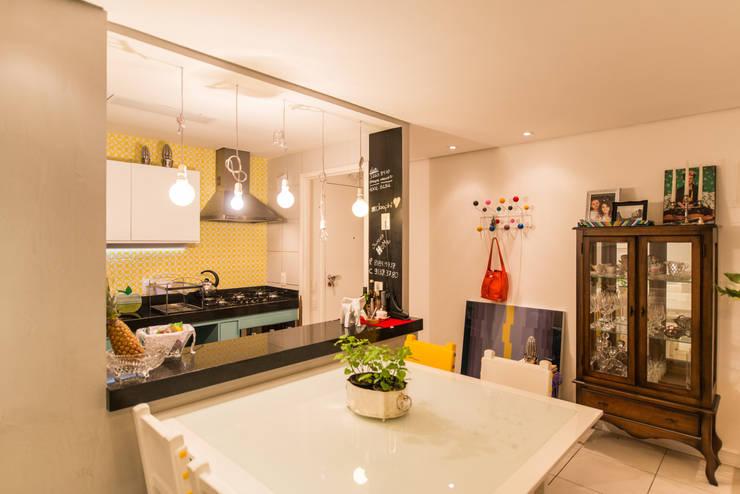 Edificio Jangada: Sala de jantar  por Bloom Arquitetura e Design,