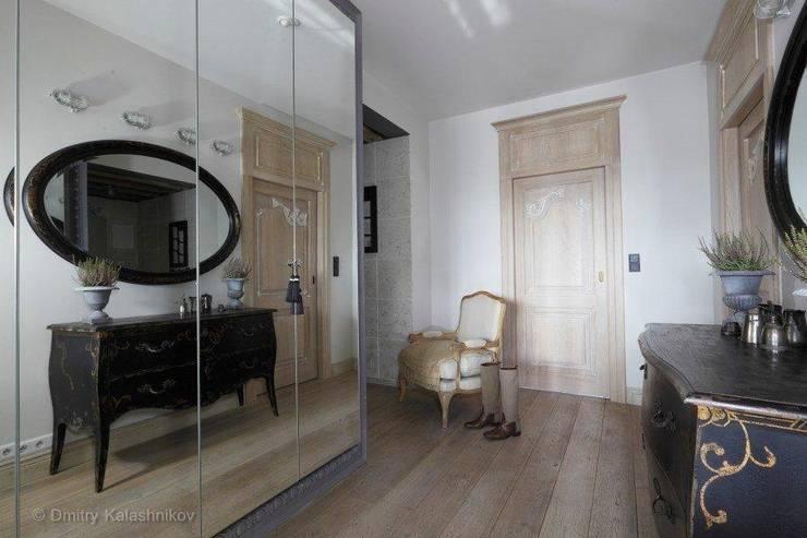 Apartament na Woli: styl , w kategorii  zaprojektowany przez Pracownia Projektowa Hanna Kłyk  ,Klasyczny
