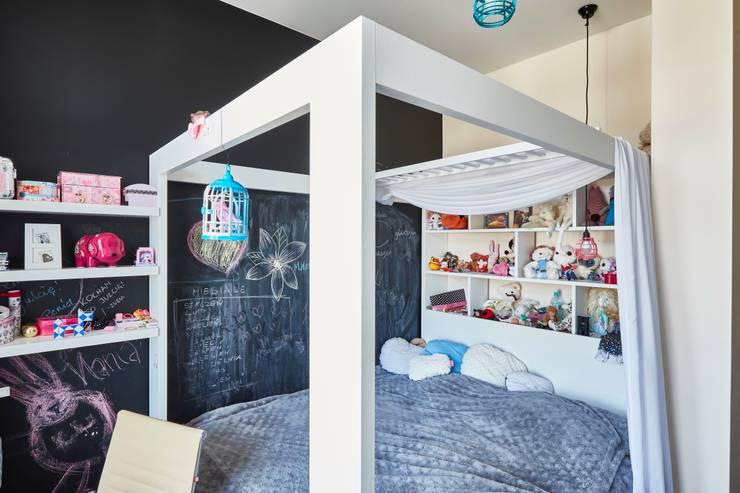 Żoliborz: styl , w kategorii Pokój dziecięcy zaprojektowany przez Pracownia Projektowa Hanna Kłyk