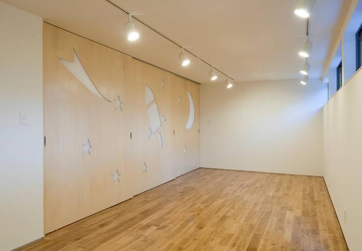 町田の家: 萩原健治建築研究所が手掛けた子供部屋です。