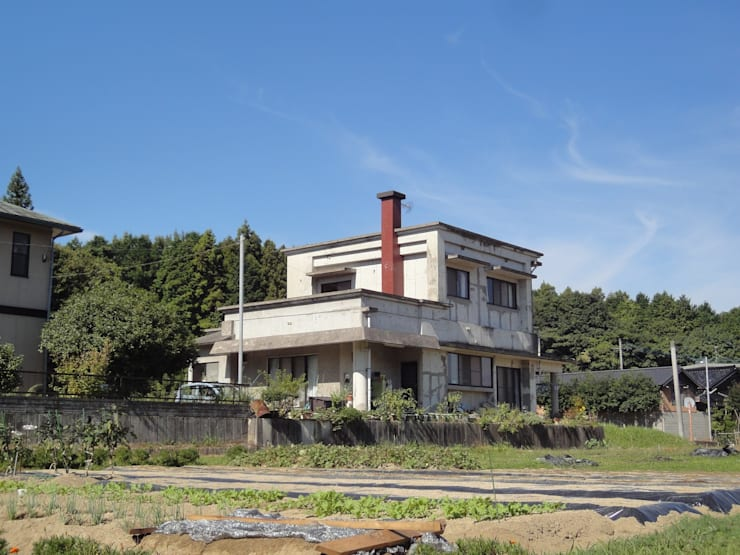 by 松本勇介建築設計事務所 / Office of Yuusuke MATSUMOTO