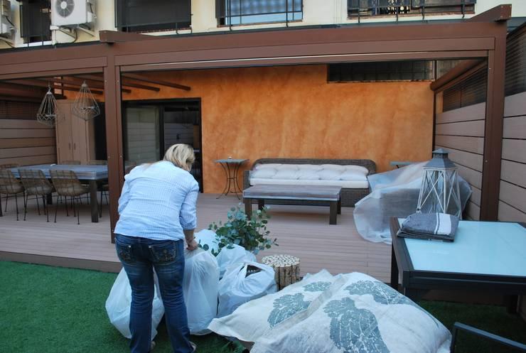 Terrazza in stile  di Vicente Galve Studio