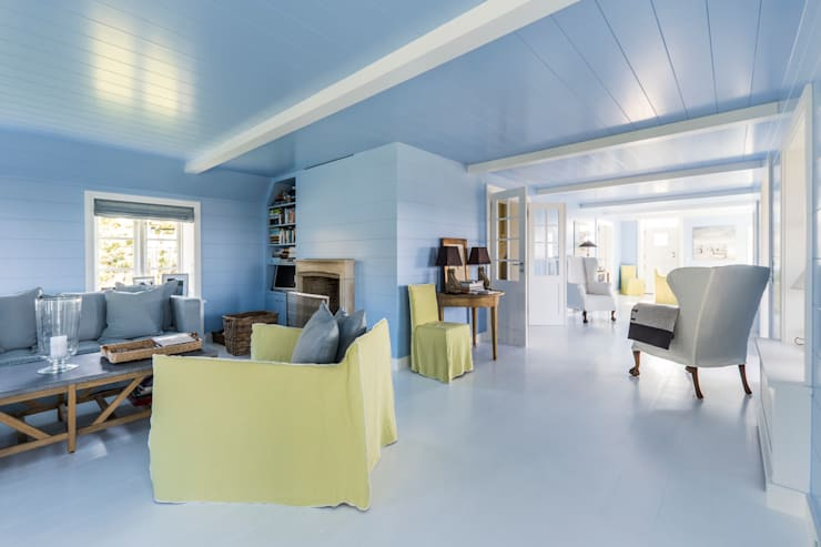 Salas de estar clássicas por Ralph Justus Maus Architektur