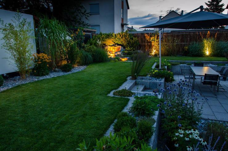 Garden by -GardScape- private gardens by Christoph Harreiß, Eclectic