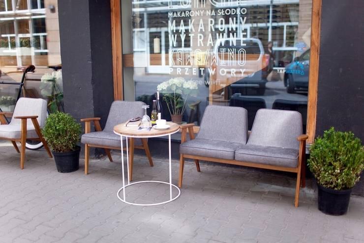 366 furniture outdoor: styl , w kategorii  zaprojektowany przez 366 Concept Design & Lifestyle,Nowoczesny