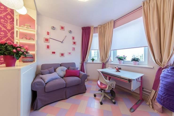 Chambre d'enfant de style de style Classique par IdeasMarket