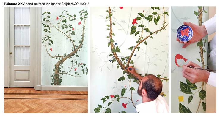 Hand painted wallpaper Peinture XXV:  Woonkamer door Snijder&CO