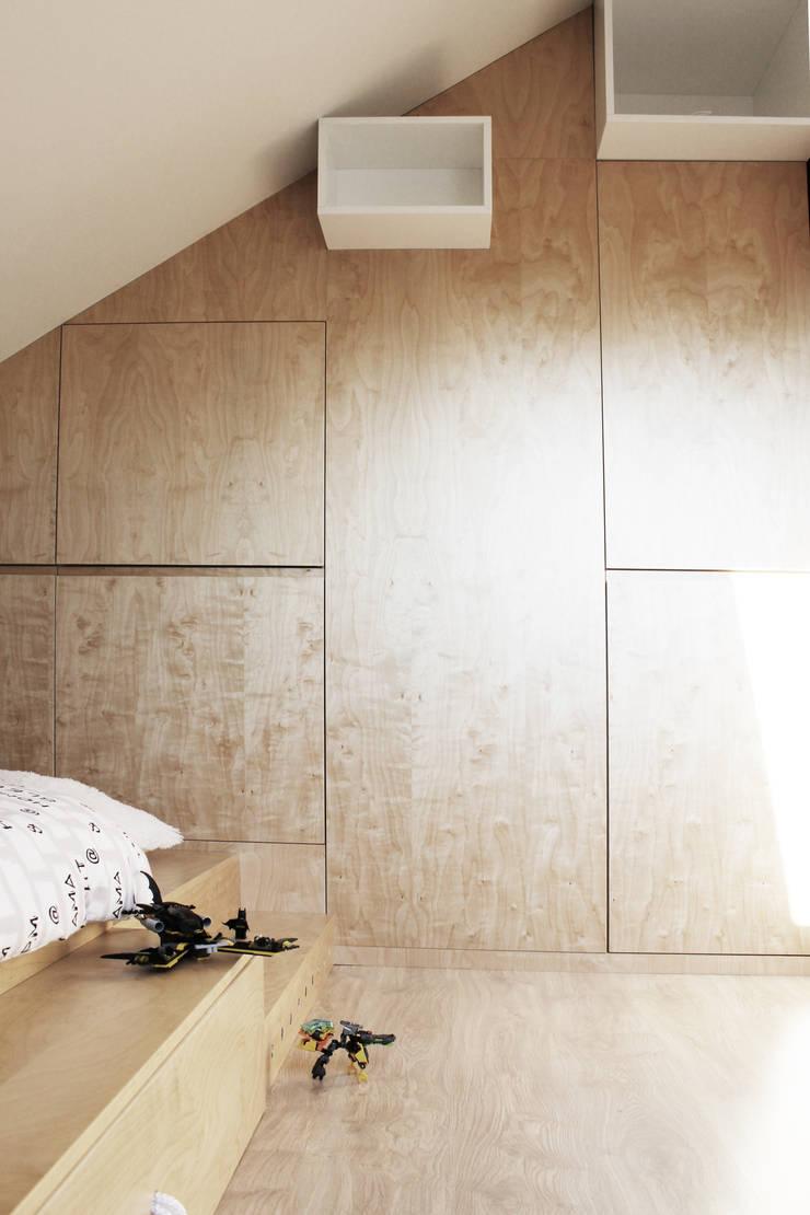 Projekt pokoju dla ucznia: styl , w kategorii Pokój dziecięcy zaprojektowany przez COI Pracownia Architektury Wnętrz,Nowoczesny