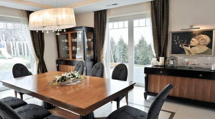 Rezydencja w Jaworzu: styl , w kategorii Jadalnia zaprojektowany przez Studio Mirago,Klasyczny