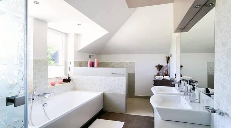 Rezydencja w Jaworzu: styl , w kategorii Łazienka zaprojektowany przez Studio Mirago