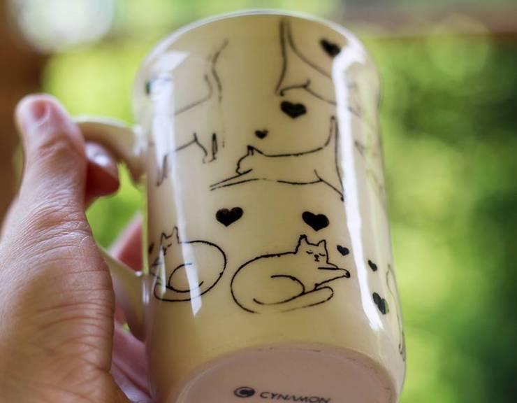 kubek koty: styl , w kategorii Pokój dziecięcy zaprojektowany przez Cynamon Studio