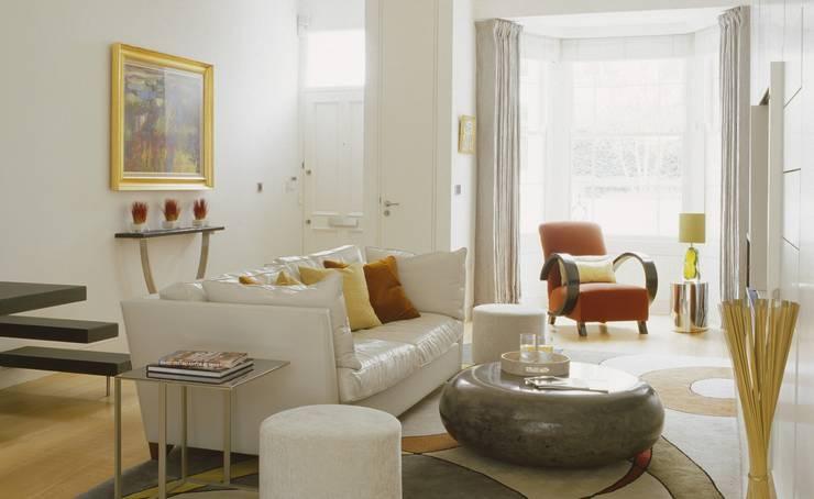Living Room Salones de estilo moderno de Space Alchemy Ltd Moderno
