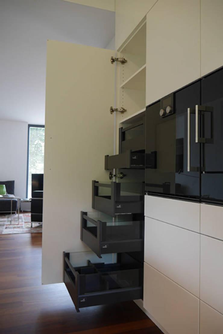 Moderne Küche Mit Insel Von Teamlutzenberger