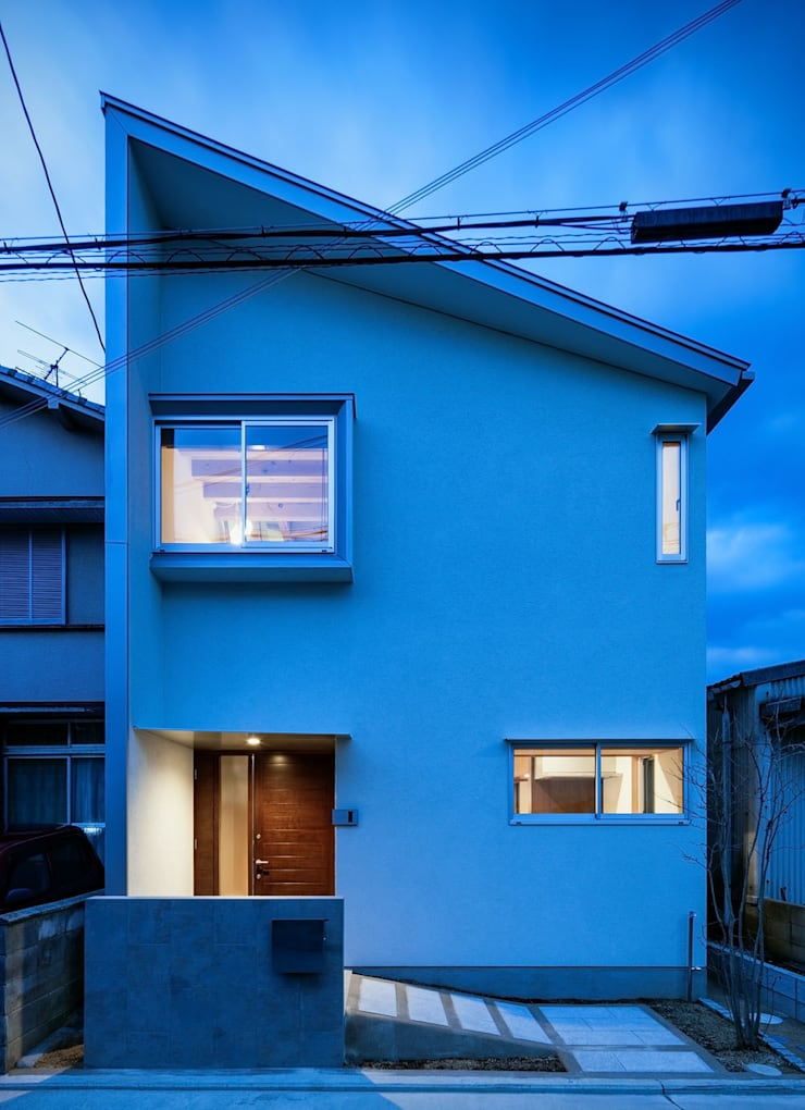 Sa HAUS 外観: 青木伸江建築研究所が手掛けた家です。