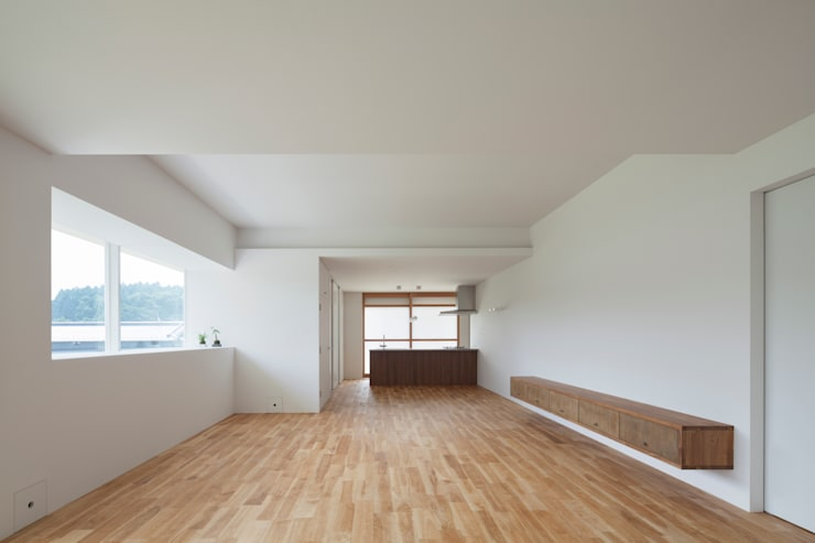 1階 LDK: 松本勇介建築設計事務所 / Office of Yuusuke MATSUMOTOが手掛けたです。,