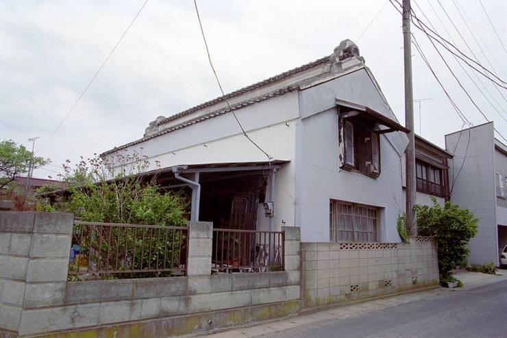 改装前の様子/土蔵外観: 兵藤善紀建築設計事務所が手掛けたです。