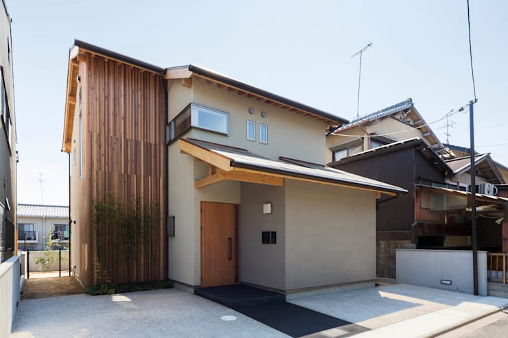 Single family home by イン・エクスデザイン / in-ex design.Co.,Ltd.