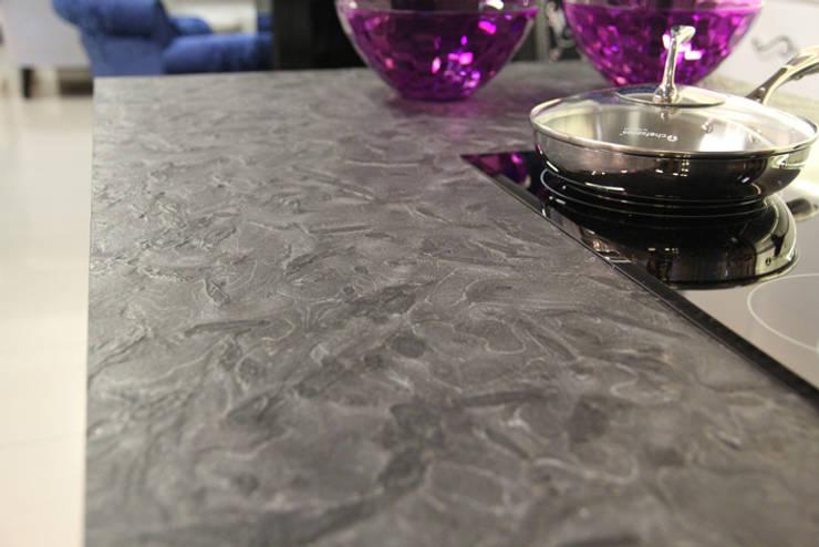 Blat z granitu Matrix : styl , w kategorii Kuchnia zaprojektowany przez GRANMAR Borowa Góra - granit, marmur, konglomerat kwarcowy,Klasyczny