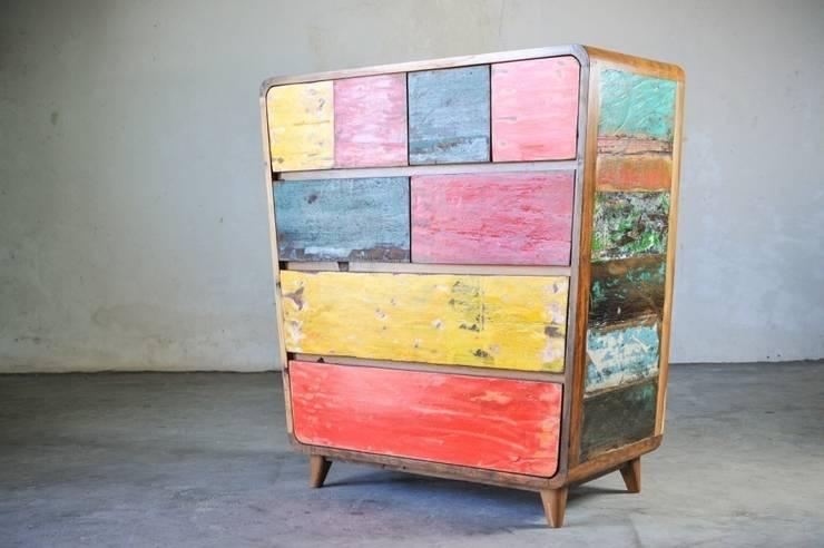 Recycled / COMMODE: Спальная комната  в . Автор – WOODSTONEBALI