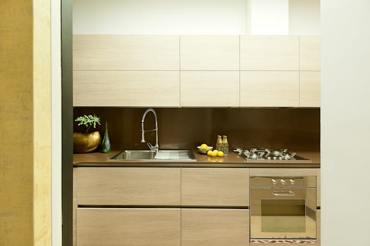 Kitchen by Markham Stagers,