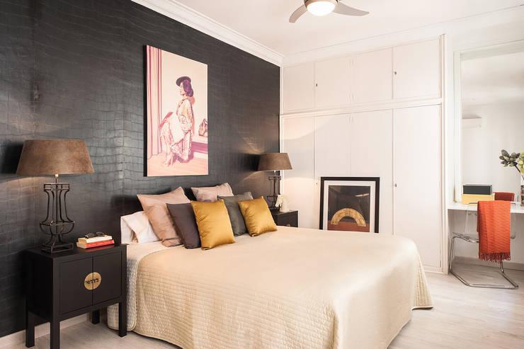 Dormitorio con aires asiáticos: Dormitorios de estilo asiático de Markham Stagers