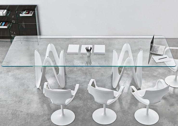 Lambda Glass Dining Table:  Dining room by Glassdomain