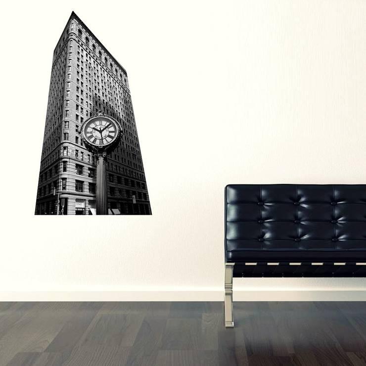 Ratolye Ahşap Tasarım Atölyesi – Geometrik NY Duvar Saati: modern tarz , Modern
