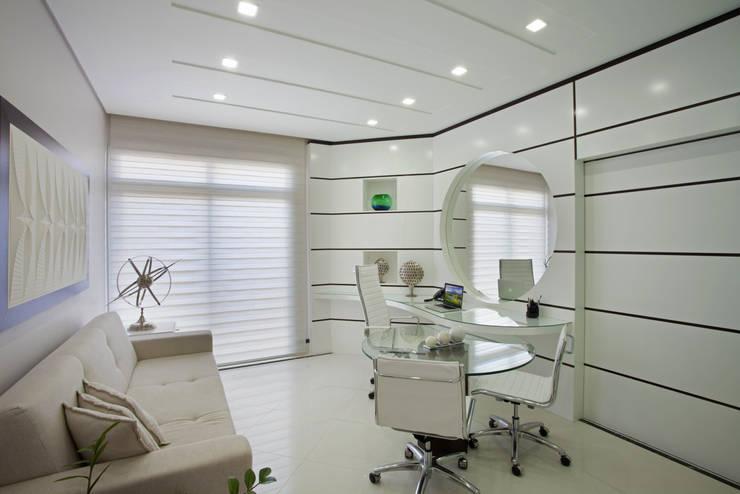 Рабочие кабинеты в . Автор – Arquiteto Aquiles Nícolas Kílaris