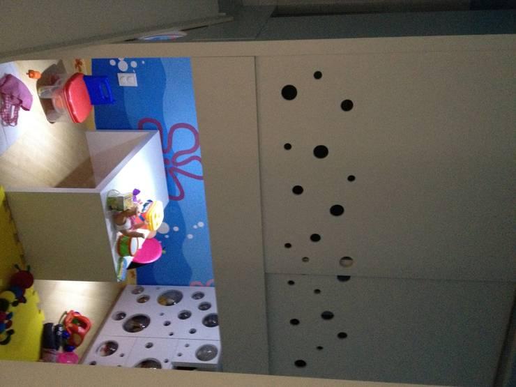Quarto K&R.R - primeira fase: Quarto infantil  por Kali Arquitetura