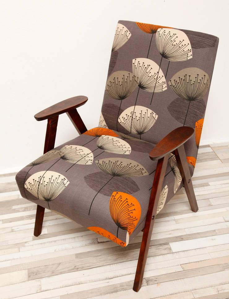 Szary fotel a la Chierowski, lata 60.: styl , w kategorii Salon zaprojektowany przez Lata 60-te