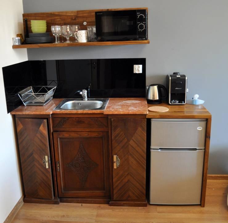 ANEKS 2: styl , w kategorii Kuchnia zaprojektowany przez CHOŁUJ DESIGN s.c.
