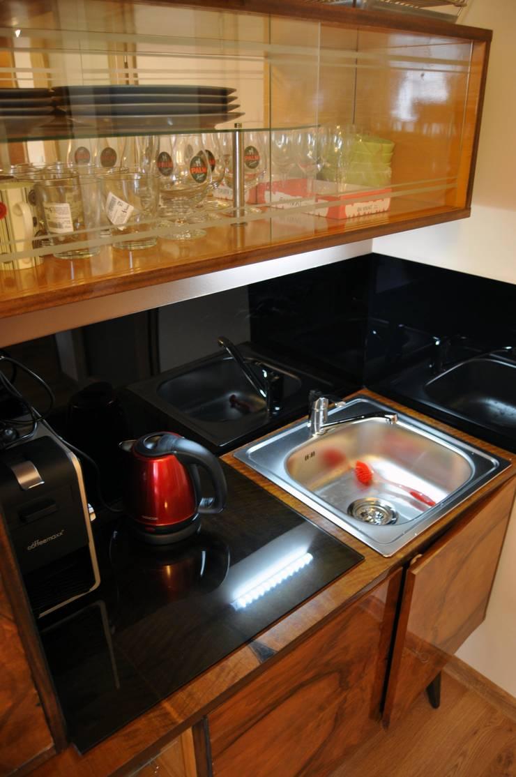 ANEKS1: styl , w kategorii Kuchnia zaprojektowany przez CHOŁUJ DESIGN s.c.