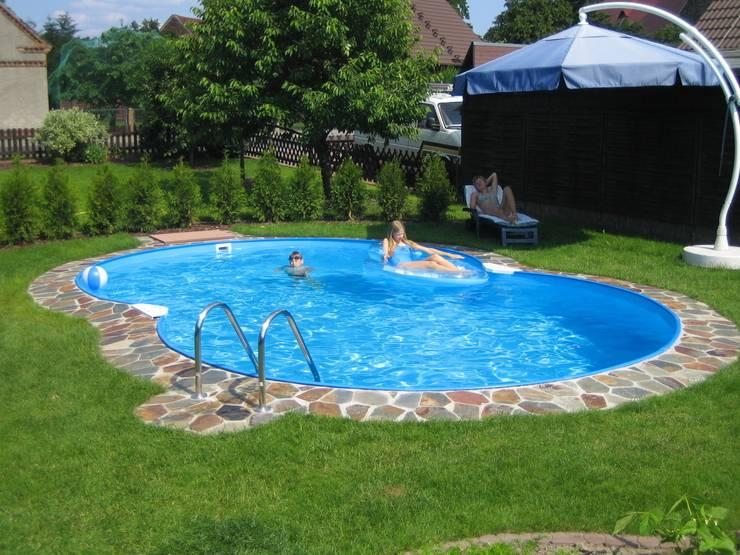 Piscinas modernas por Future Pool GmbH