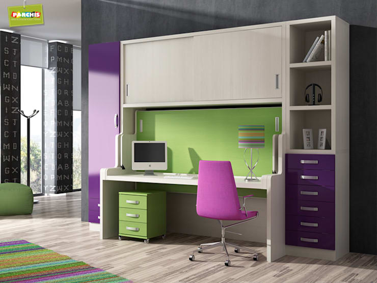 mueble cama convertible con mesa: Estudio de estilo  de Muebles Parchis. Dormitorios Juveniles.