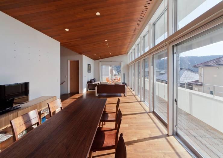 玉野台の家: 笹野空間設計が手掛けたダイニングです。