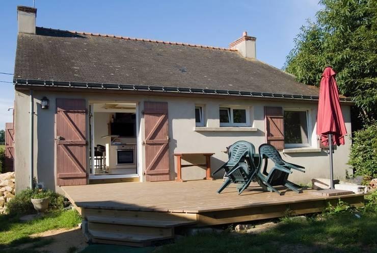 Dom na południu Francji: styl , w kategorii Taras zaprojektowany przez ZIZI STUDIO Magdalena Latos