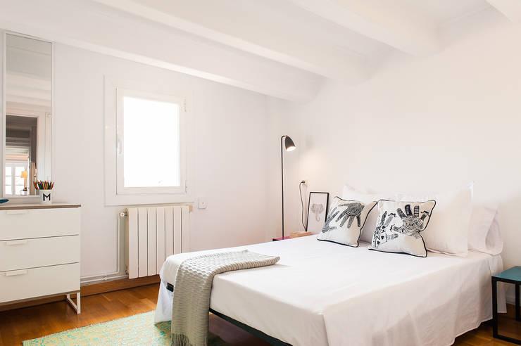 Habitaciones de estilo minimalista por Markham Stagers
